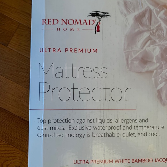 Twin Size Red Nomad Bamboo Hypoallergenic Mattress Protector Breathable Cool Cycle Technology for Maximum Circulation /& Comfort